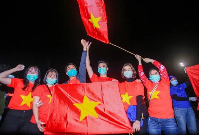 CLIP: Người dân hô vang ''Hải Dương chiến thắng'' thời khắc dỡ lệnh phong tỏa