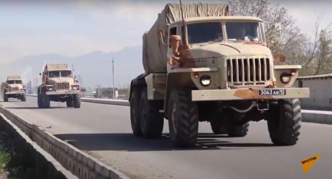 Video Nga điều quân rầm rộ tại Tajikistan khi xung đột ở Afghanistan leo thang