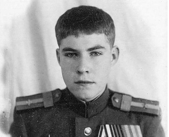 Bí mật ít biết phi công trẻ nhất Liên Xô trong Thế chiến 2
