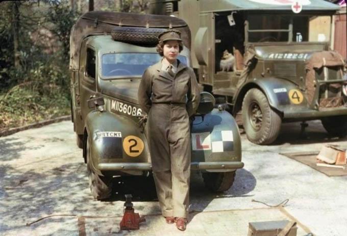 20 bức ảnh ấn tượng nhất về phụ nữ Anh trong Thế chiến II