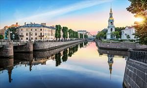 Cận cảnh vẻ đẹp huyền bí của thành phố St. Petersburg