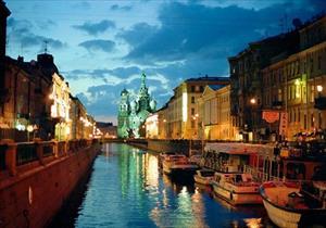 Say đắm Saint Petersburg thơ mộng bên bờ sông Neva