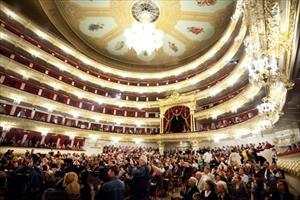 Bolshoi - Nhà hát biểu tượng của Moscow
