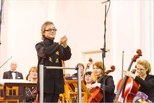 Giáo sư, Nhạc sỹ Nguyễn Lân Tuất trong đêm diễn Những giấc mơ đương đại tại Tomsk