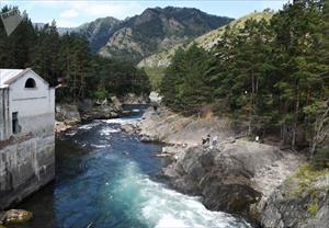 Câu cá, đi bè trên sông và nhà máy thủy điện: Altai có gì hấp dẫn du khách