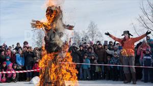 Lễ hội tiễn mùa Đông độc đáo của Nga