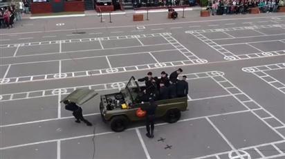Choáng với màn tháo lắp ô tô chỉ trong 'nốt nhạc' của quân đội Nga