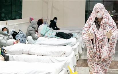 Tâm sự của một bệnh nhân Covid-19 ở Vũ Hán: 'Tôi ho như thể sắp chết, đau đớn khắp tứ chi, có lẽ tôi đang gõ cửa địa ngục!'