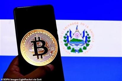 ''Cha đẻ'' Bitcoin thuộc nhóm tỷ phú giàu nhất thế giới