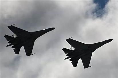 Cặp chiến đấu cơ Nga 'đuổi' hai máy bay ném bom Mỹ ra xa biên giới