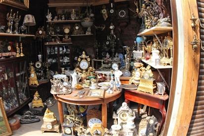 Những món hàng ở chợ đồ cổ Nga dân chơi Việt luôn thèm khát sở hữu