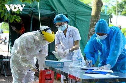 Khi nào dịch COVID-19 ở Hà Nội được kiểm soát?