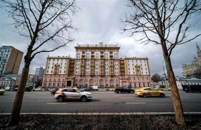 Leo thang tranh cãi Mỹ, Nga xoay quanh vấn đề nhân viên đại sứ quán