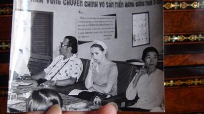 """Nữ dịch giả văn học Việt Nam và cuốn """"hồn bướm mơ tiên"""" mới được xuất bản"""