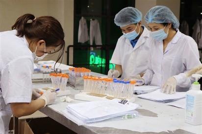 5 người ở Hà Nội nhiễm SARS-CoV-2