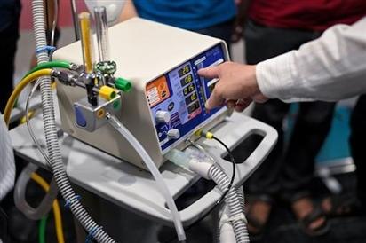 Đua nhau mua máy thở, máy tạo oxy tại nhà, Bộ Công Thương nói không nên tích trữ
