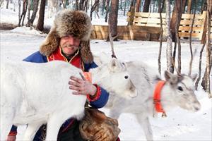 Ghé Murmansk lạnh giá, nhớ nước Nga những năm 90 thân thuộc