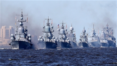 Hai tàu chiến Nga hướng đến Biển Đen