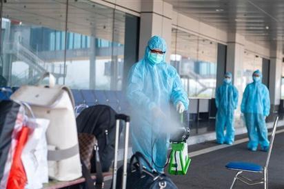 Sân bay Vân Đồn đón hơn 300 khách 'hộ chiếu vaccine'