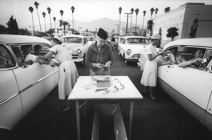 Ảnh hiếm phòng tiêm chủng ''di động'' đặc biệt của Mỹ những năm 1960